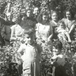 630 1951 N.M. con bienhechoras en Los Mochis.
