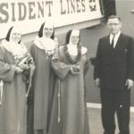 672 1957 recibimiento en Honolulu