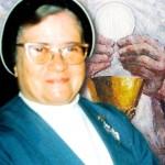 858 Nuestra Madre y Eucaristía