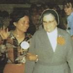 2351 Con vanclaristas en Asamblea Casa Madre.jpg