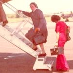 2419 1976 N.M. viajando a Indonesia c.jpg