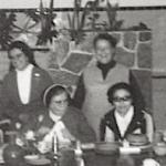 2525 1972 N.M. en Grevilias en su visita c.jpg
