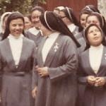 2586 1970 N.M. en el noviciado Grevilias.jpg