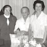 2599 1976 en casa de Lupita c.jpg